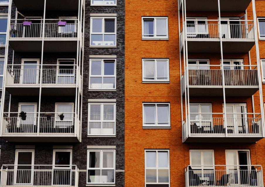 На фото изображены квартиры, которые сдаются в ренту.